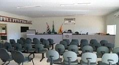 Plenário da Câmara Municipal de Indiaporã (SP).
